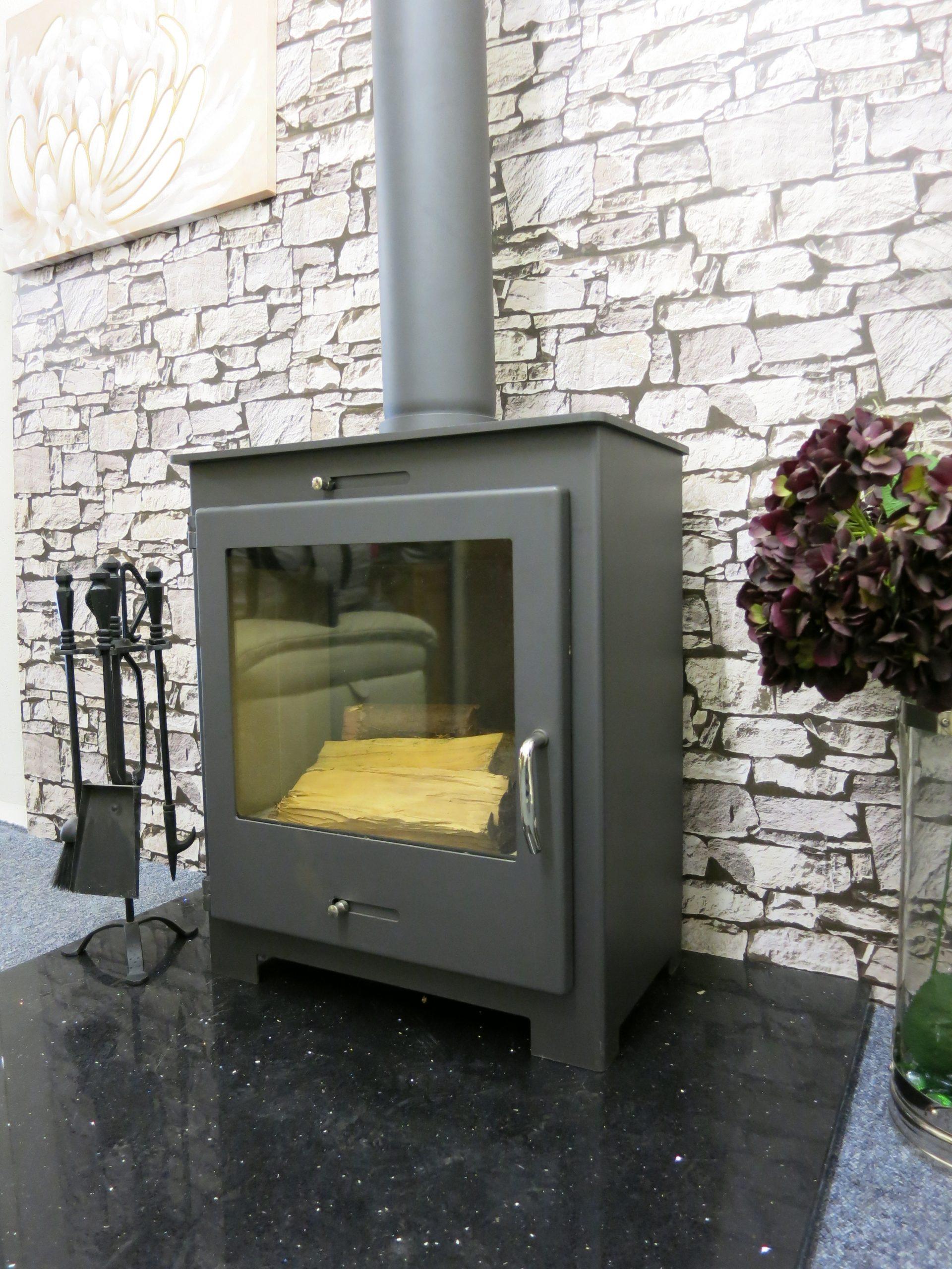 Nero 5kw stove